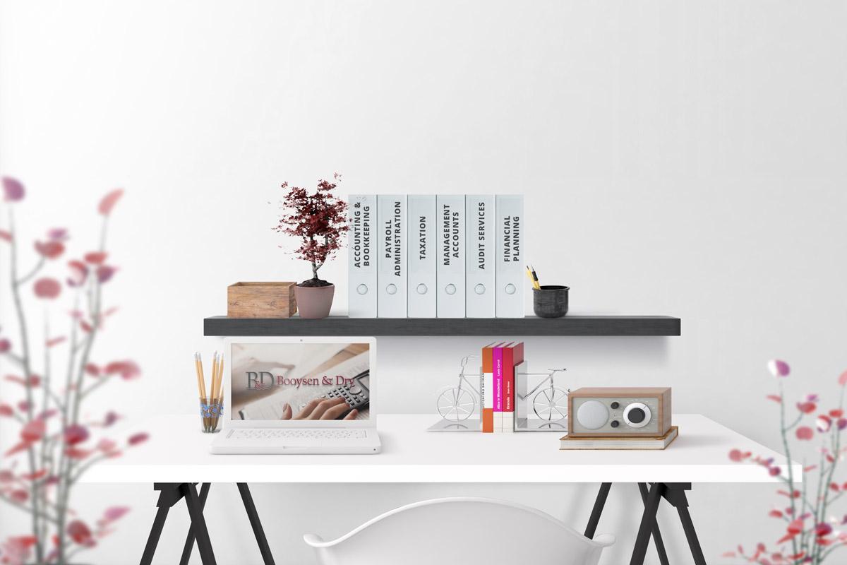 b&d-desk-setup